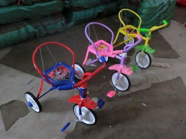 Велосипед трехколесный
