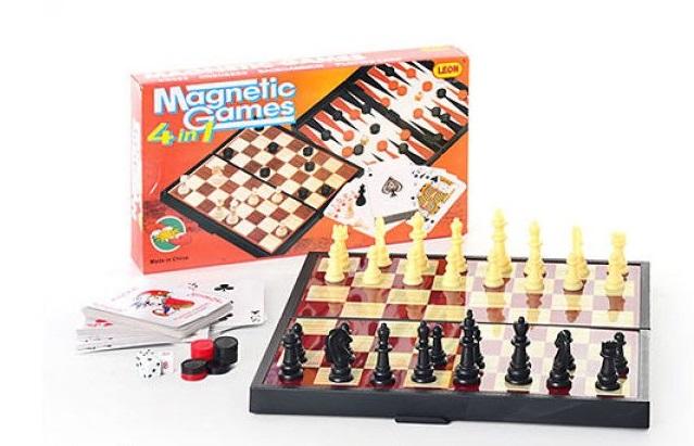 Игра магнитная 5 в 1 (шахматы + шашки + нарды + домино + карты), пластик