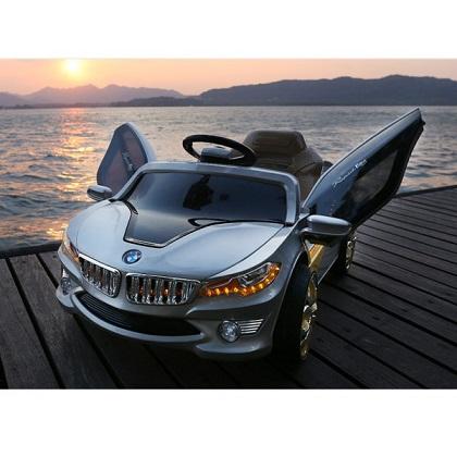 Электромобиль BMW О002ОО